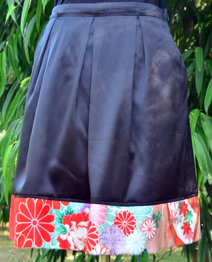 Black satin skirt with kimono silk edging